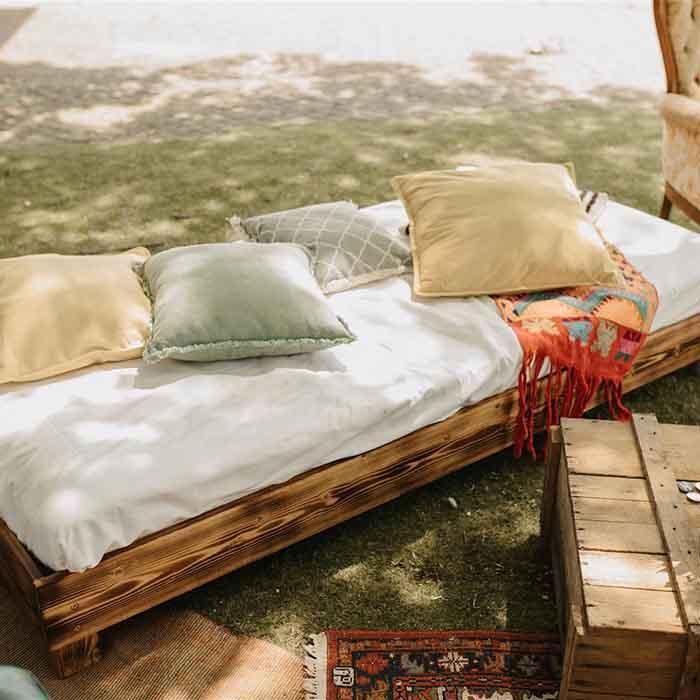 Yes Please Rentals mietmobiliar hochzeit mieten nrw lounge daybed 2