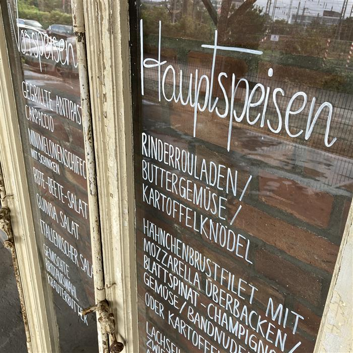 Neu im Verleih: Antike Glastüren